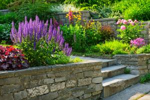 Natursteinmauern bauen